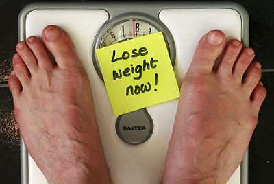 weighing scale Lose weight now by Alan Cleaver