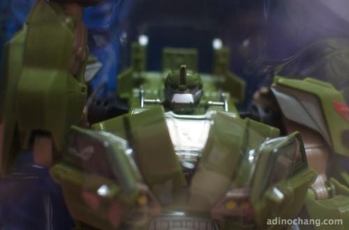 transformers prime bulkhead first edition in-box closeup